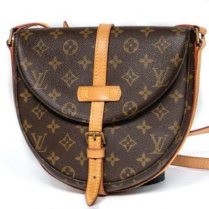 LOUIS VUITTON Chantilly MM Cross Body Shoulder Bag